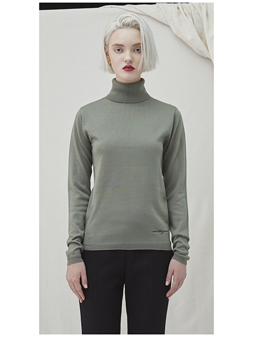 Embo Turtleneck - khaki