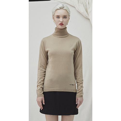 Embo Turtleneck - beige