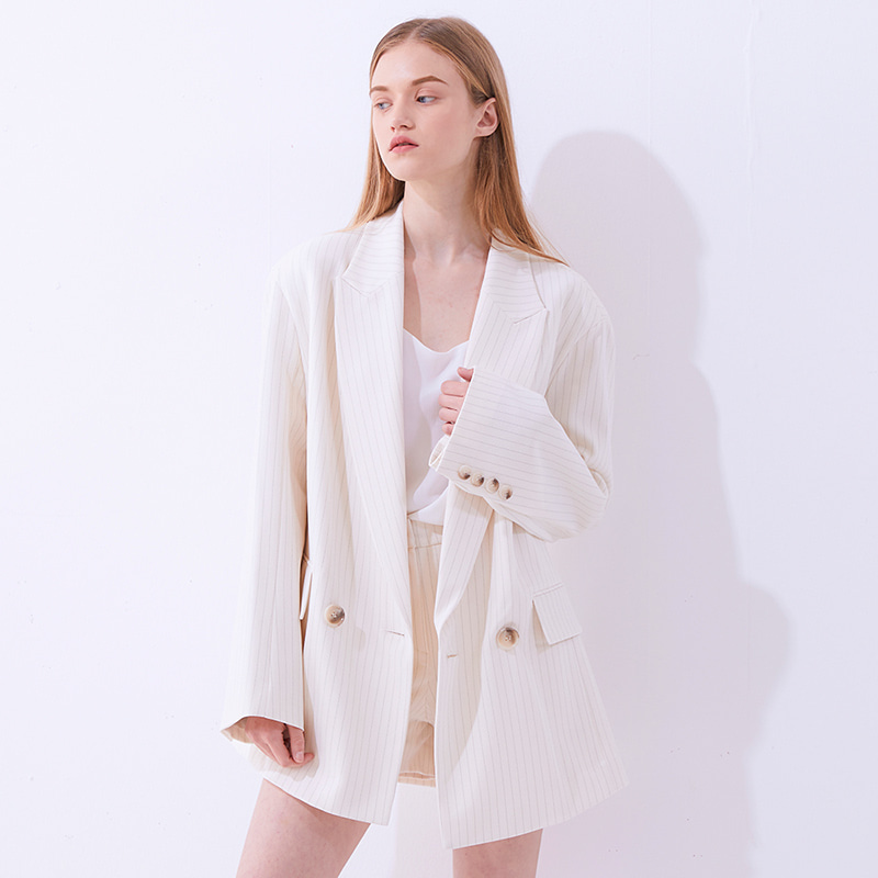 Cuddle Oversized Blazer - Ivory