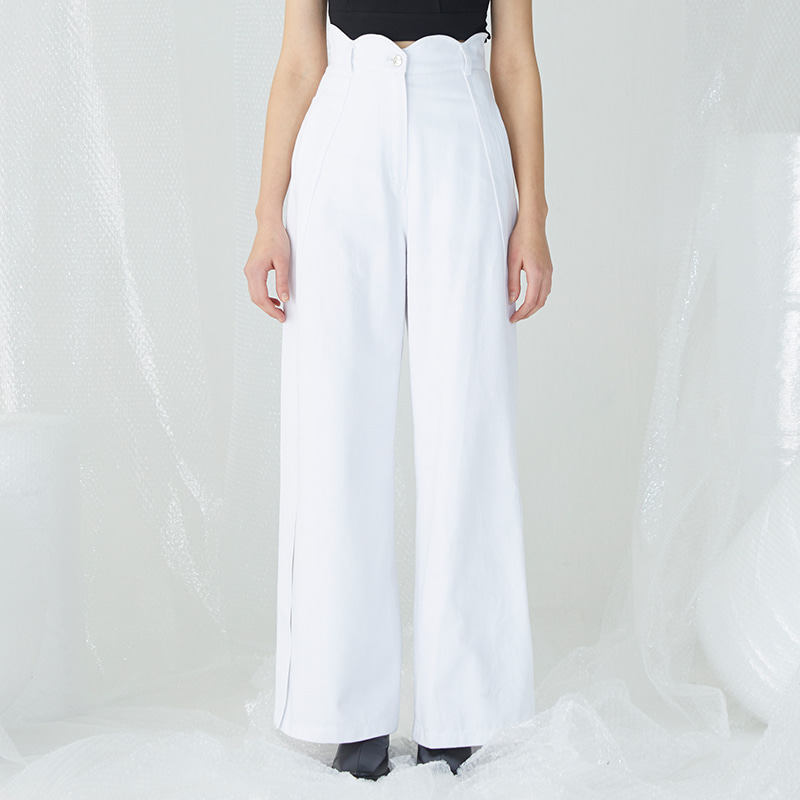 Scallop Slashed Pants - White