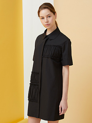 Polygon Collar Shirring Dress - black
