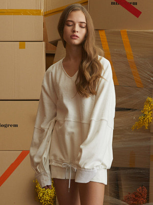 Snuggle String Pullover - White